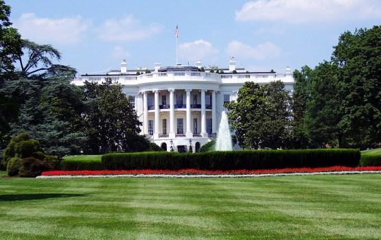 Белый дом исключил снятие санкций с России, пока она не откажется от Крыма