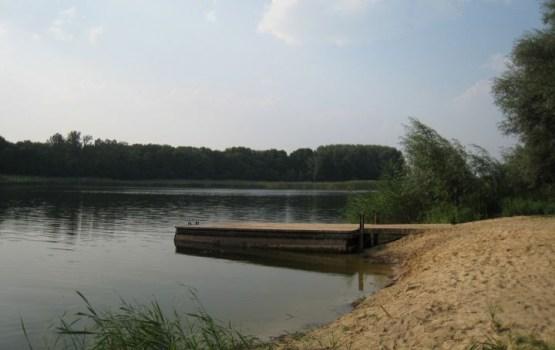 Пьяный эстонец переплыл озеро на границе с РФ за две бутылки водки