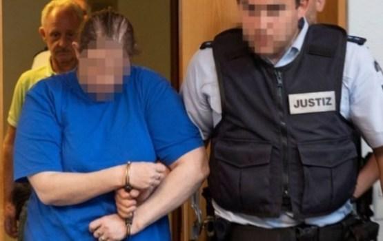 """В Германии осуждена пара, продававшая ребенка насильникам в """"даркнете"""""""