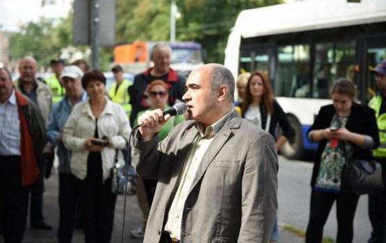 В ПБ рассказали, в чем обвиняют защитника русских школ Козырева