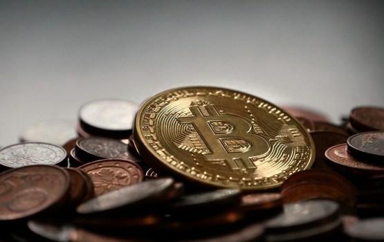 Латвийские чиновники придумают, как обложить налогами операции с биткоином и другими криптовалютами