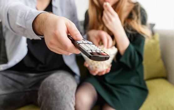 С этого дня в Латвии запрещена политическая реклама на ТВ