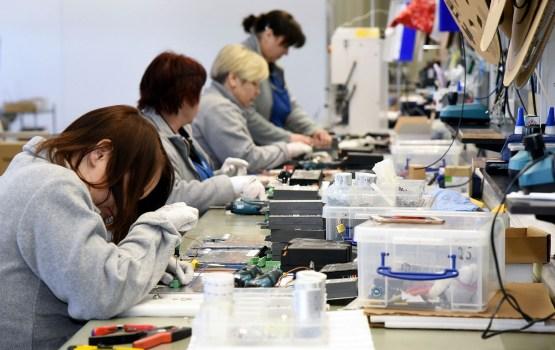 Количество занятых рабочих мест в Латвии за год выросло на 0,7%