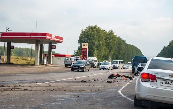 В субботу в дорожно-транспортных происшествиях пострадали 13 человек