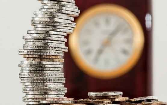 Минфин прогнозирует среднюю инфляцию в 2,5%, безработицу - в 7,7%