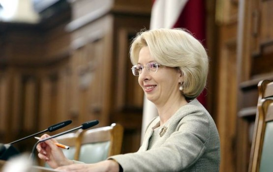 Председателем Сейма 13-го созыва избрана Инара Мурниеце