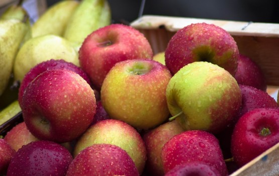 Зачем к нам такие фрукты везут?