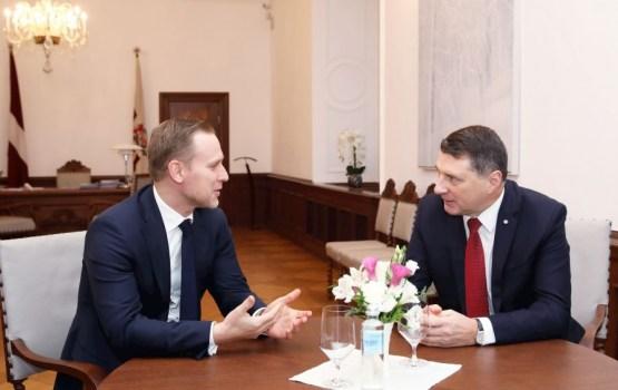 Президент отзовет номинацию Гобземса на должность премьер-министра