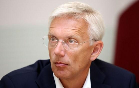 Неофициально компромиссным кандидатом на должность министра назван Кариньш