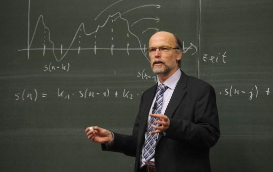 В Литве бастуют учителя
