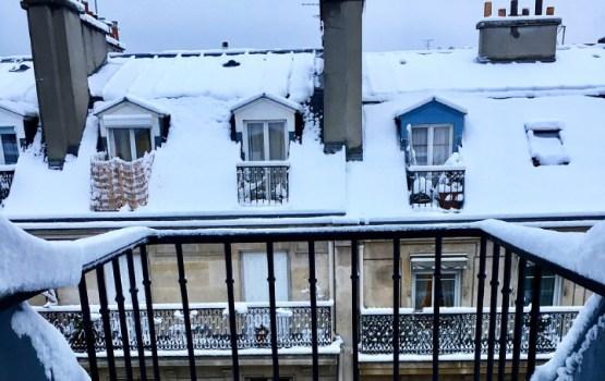 В ближайшие годы нужно отреставрировать балконы почти всех зданий советской постройки