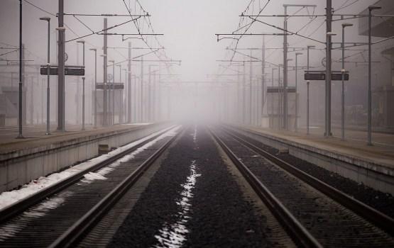 Под колесами поезда в Риге погиб подросток