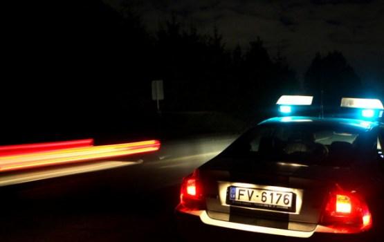 Рига: лихач, в пьяном виде пытавшийся ударить полицейского, отправится в тюрьму
