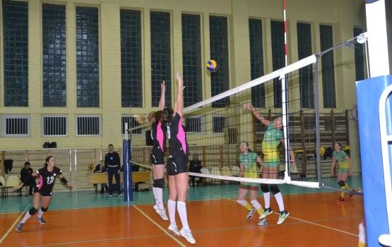 «миЛАТсс» продолжает побеждать в чемпионате Латвии