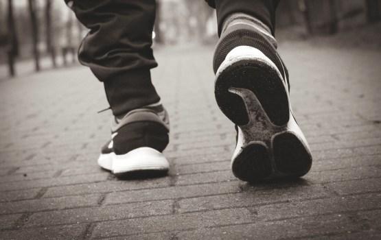 Берегите обувь! По улицам Даугавпилса рассыпали гранит