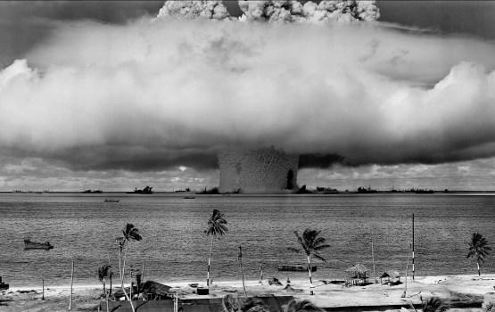 Они считались безобидными: испытания ядерной бомбы стали достопримечательностью