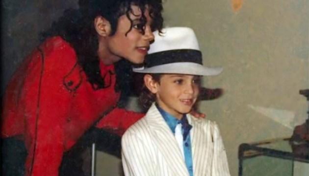 Семья Майкла Джексона выпустила фильм о скандале с педофилией