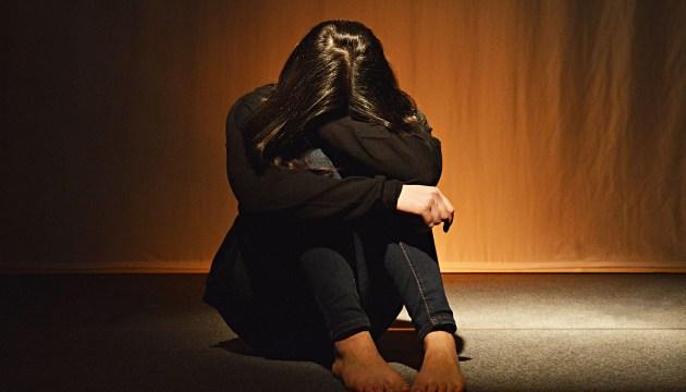 Современная торговля людьми: троих жительниц Латвии насильно выдали замуж за пакистанцев