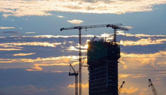 Генеральное соглашение о минимальной зарплате в строительстве вступит в силу в ноябре