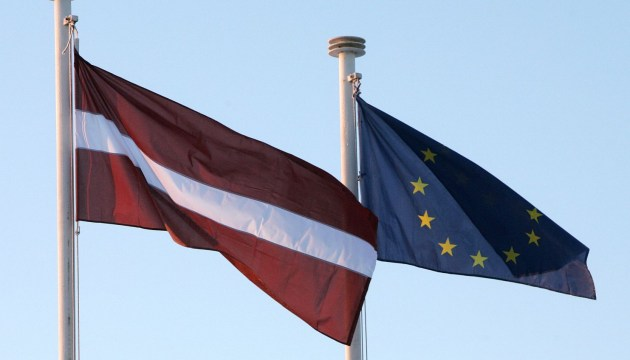 Eurobarometr: 73% жителей Латвии считают, что страна выиграла от членства в ЕС