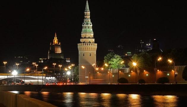 Россия ввела ежегодные денежные выплаты ветеранам в РФ и странах Балтии