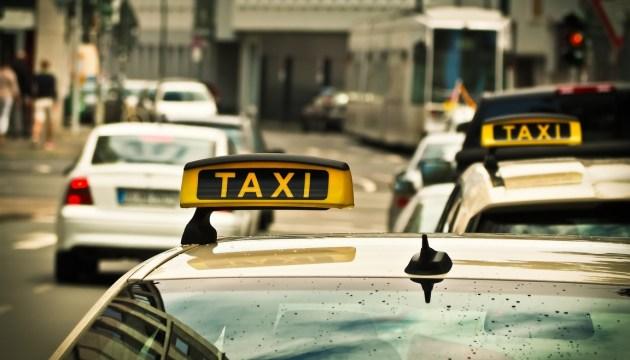 Сегодня таксисты выйдут на пикет