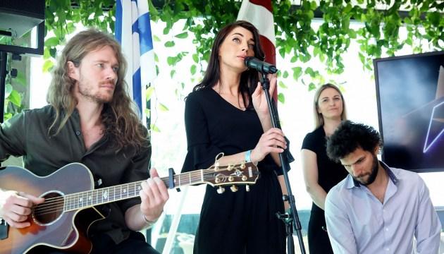 Сегодня группа Carousel будет бороться за выход в финал конкурса песни «Евровидения» (ВИДЕО)