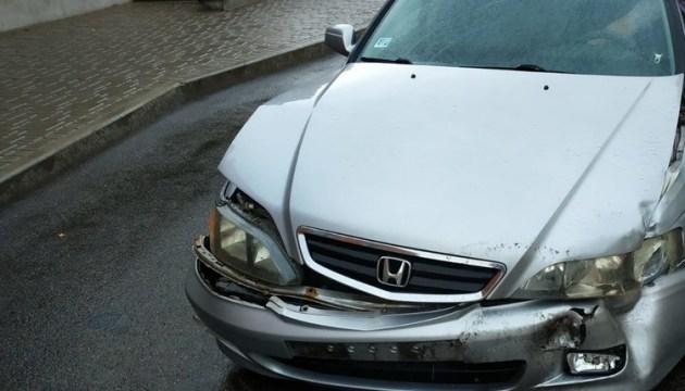 Фотофакт: авария на перекрестке Алеяс-Саулес