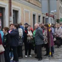 В очереди у входа в филиал PNB – несколько сот человек (ФОТО, ВИДЕО)