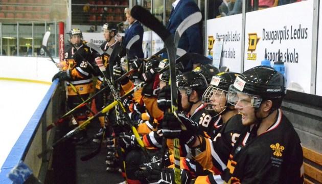 Хоккей: и снова разгромное поражение