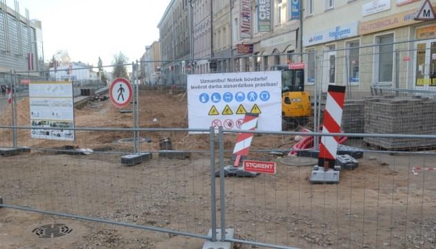 На завершение реконструкции ул. Ригас требуется около полугода