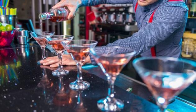 «Была в полном неадеквате после того, как там выпила»: в известном рижском клубе гостям подсыпали наркотики