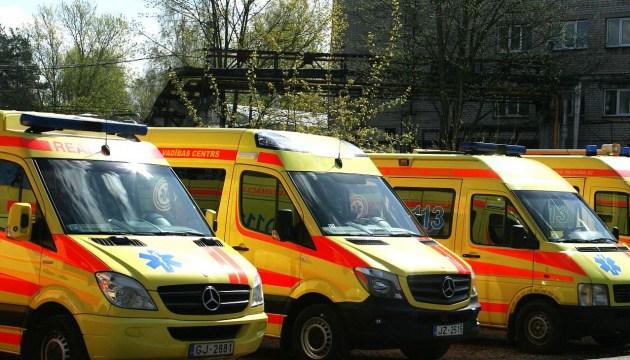 На улице в Даугавпилсе нашли раненого человека