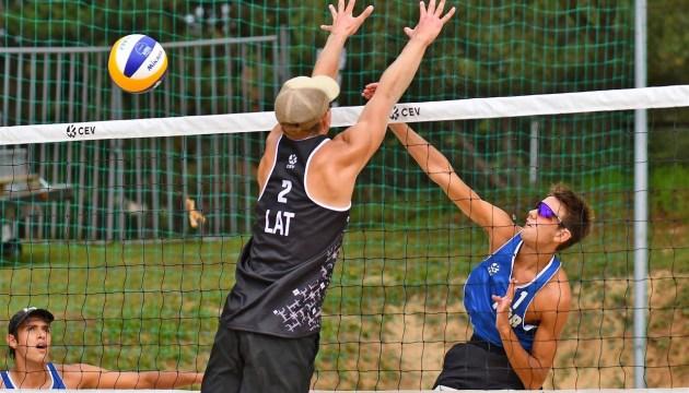 У нескольких участников ЧЕ по пляжному волейболу, проходящего в Латвии, нашли COVID-19