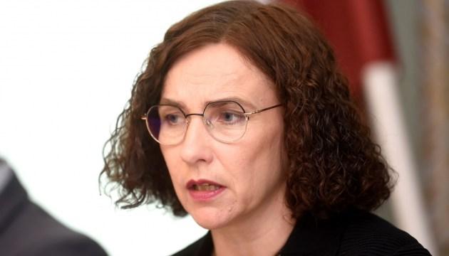 Министр образования рекомендует школам переходить на частично удаленную учебу