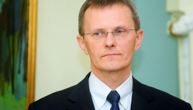 Мнение: восстановление экономики Латвии займет около двух лет