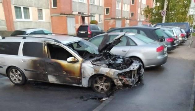 На НФ сгорела очередная машина