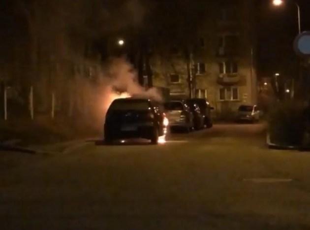 Почему в Даугавпилсе горят автомобили?