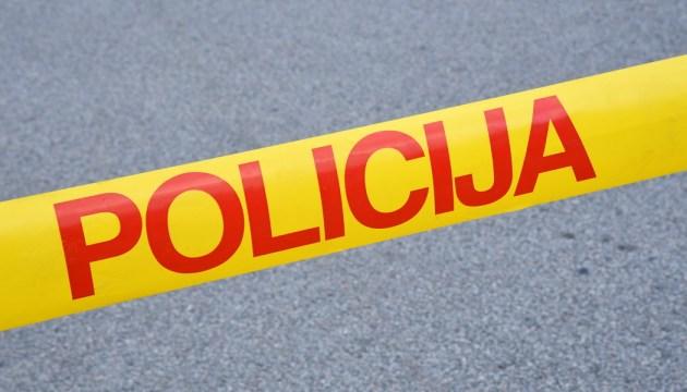 Полиция разыскивает трех подозреваемых