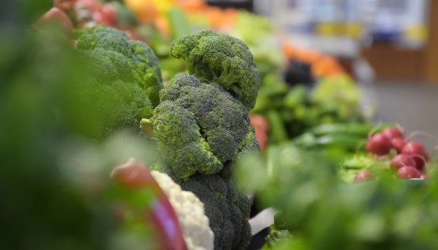 Великобритании угрожает дефицит свежих овощей и фруктов