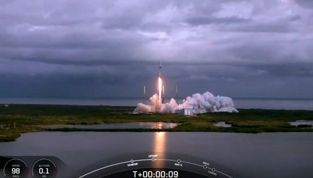 SpaceX установила новый мировой рекорд по количеству выведенных на орбиту спутников (ВИДЕО)