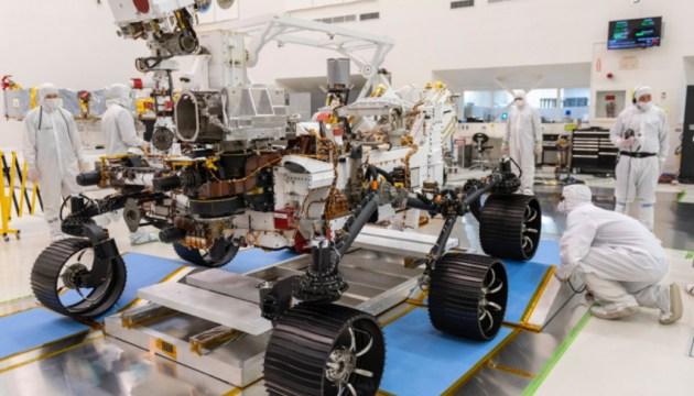 В ближайшие две недели до Марса долетят космические аппараты сразу трех стран