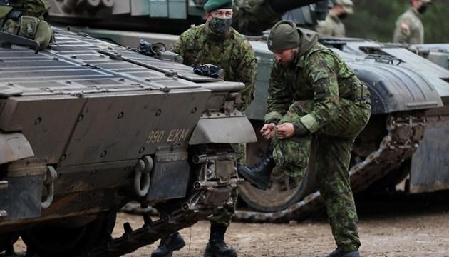 Латвия готовится к крупной закупке финских бронетранспортеров