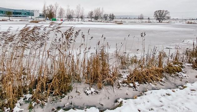 Находиться на льду даугавпилсских водоемов запрещено!
