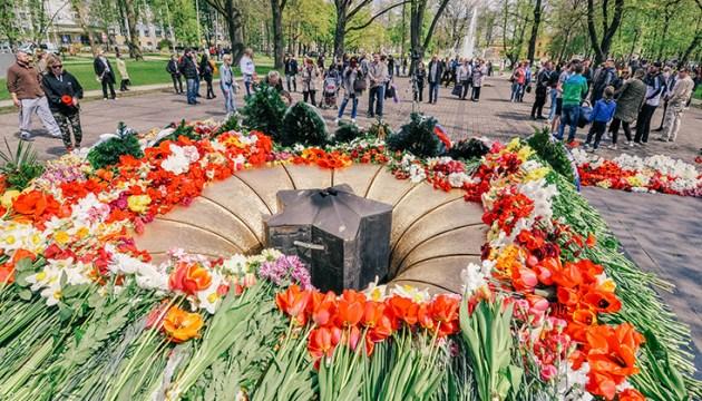 Поздравление с 9 мая от Генерального консула Российской Федерации Е. И. Колесникова