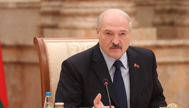 Лукашенко объяснил ситуацию с посольством Латвии в Минске
