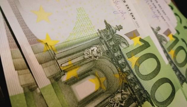 Конфедерация работодателей и торговцы просят отложить принятие решения по минимальному платежу в 170 евро