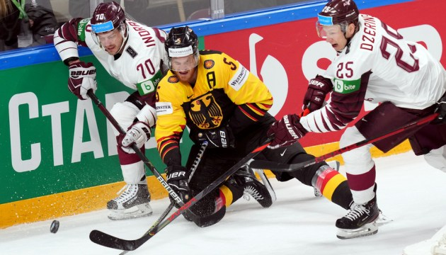 Сборная Латвии не попала в четвертьфинал чемпионата мира по хоккею
