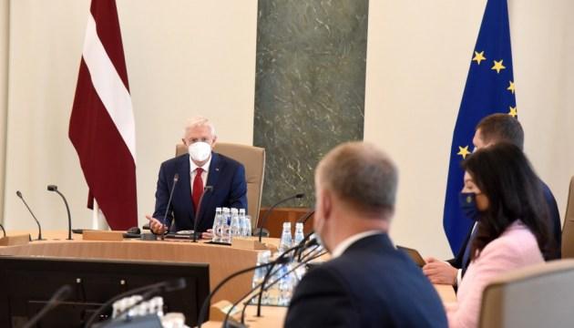 Кризис правительства? Посты потеряют Шуплинска, Гиргенс и Петравича