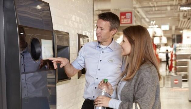 В Латвии будет установлено 800-1000 автоматов для приема тары